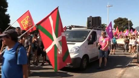 Les anti-G7 manifestent d'Hendaye à Irun