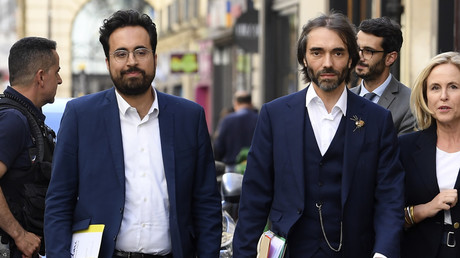 Mounir Mahjoubi et Cédric Villani le 9 juillet à Paris avant le passage en commission de candidature de leur parti (image d'illustration).