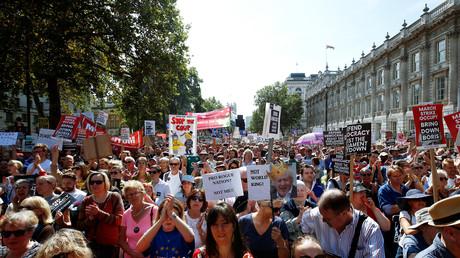 Royaume-Uni : des opposants au Brexit manifestent contre la suspension du Parlement (PHOTOS, VIDEOS)