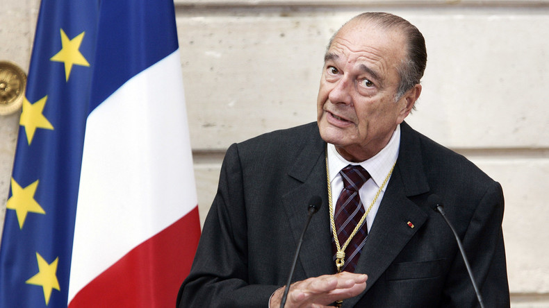 «Le bruit et l'odeur» et «nous avons saigné l'Afrique» : Chirac et son ambivalence 5d8dbe4e6f7ccc2c346883e8