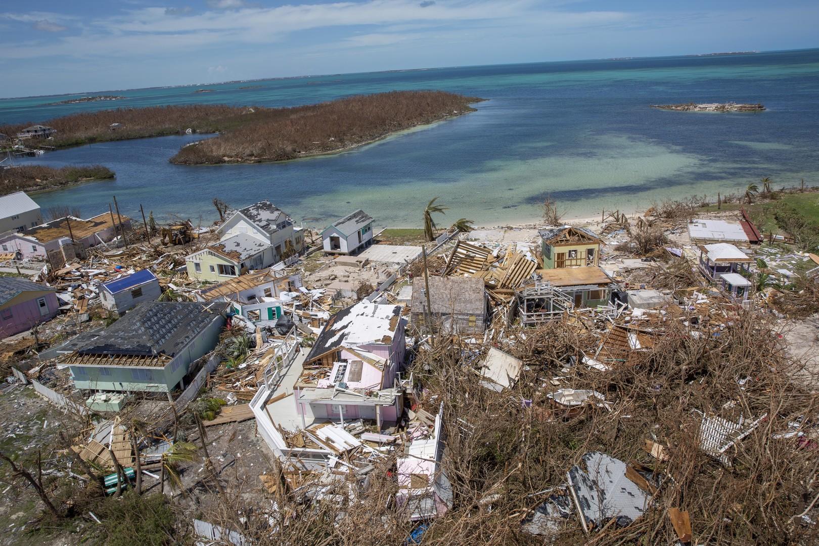 Désolation aux Bahamas après le passage de l'ouragan Dorian qui a fait au moins 40 morts (IMAGES)