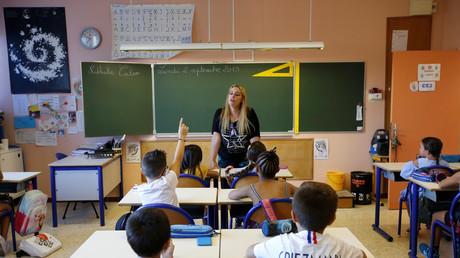 Fondamentalisme islamiste et scolarisation : Jean-Michel Blanquer a-t-il tordu la réalité ?