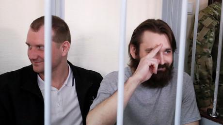 Echange de prisonniers entre la Russie et l'Ukraine : en direct de l'aéroport de Vnukovo à Moscou