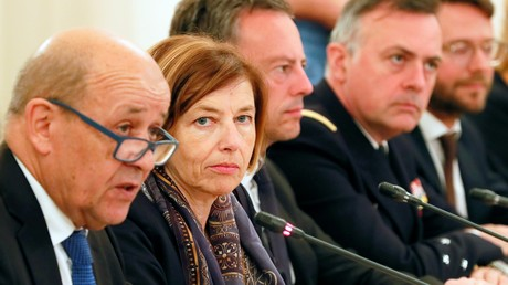 Jean-Yves Le Drian (g.) et Florence Parly, le 9 septembre lors de la 12e réunion du Conseil de coopération de sécurité franco-russe.
