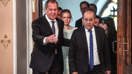 A Moscou, France et Russie réaffirment leur position sur les grands dossiers internationaux