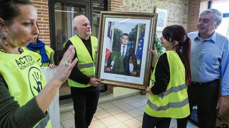 Lyon: le tribunal juge légitime le décrochage d'un portrait de Macron, évoquant l'urgence climatique
