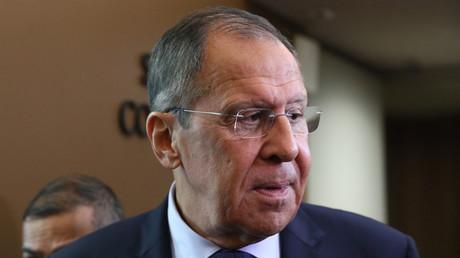 Le ministre russe des Affaires étrangères Sergueï Lavrov avant sa rencontre avec le ministre algérien des Affaires étrangères Sabri Bukadum à la 74ème session de l'Assemblée générale des Nations unies (ONU) à New York.