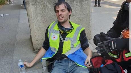 Un observateur de la LDH lors de la manifestation des Gilets jaunes le 28 septembre 2019.