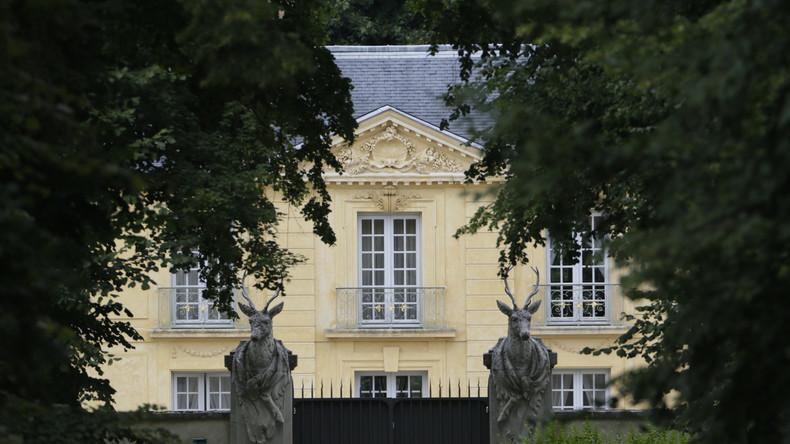 Du rififi à la Lanterne : les policiers de Versailles ne veulent plus garder Macron 5d93469b87f3ec60af616e69