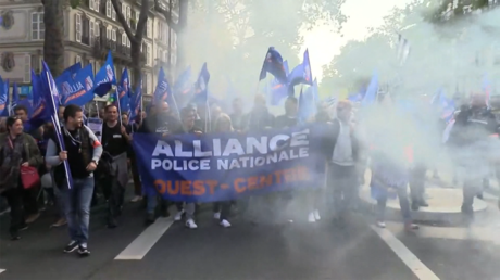 Marche nationale de la police : pari tenu pour l'intersyndicale à Paris