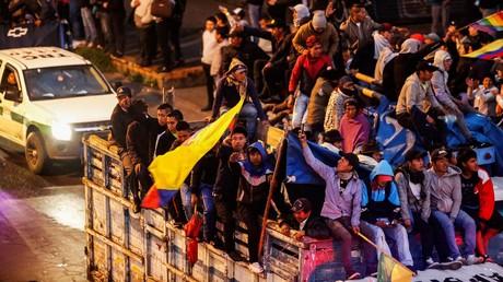 Des manifestants autochtones viennent gonfler les rangs de la mobilisation contre les mesures d'austérité du président de l'Equateur, Lenin Moreno, à Quito, le 7 octobre 2019.