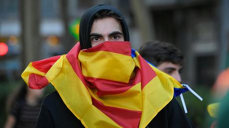 Catalogne : 51 arrestations, Madrid convoque une réunion d'urgence avec les partis
