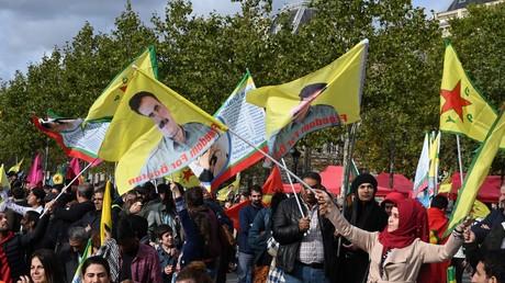 Manifestation contre l'opération turque en Syrie, à Paris.