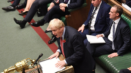Le Premier ministre britannique Boris Johnson s'exprime à la Chambre des communes à Londres,  le 29 octobre 2019.