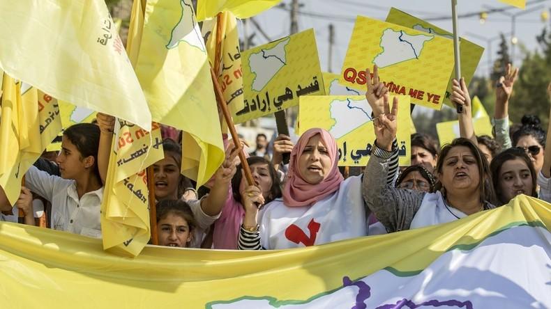 Deux collectifs de Kurdes syriens dénoncent la «passivité» et l'«impuissance» de Paris 5dbc308e6f7ccc1a6e064372