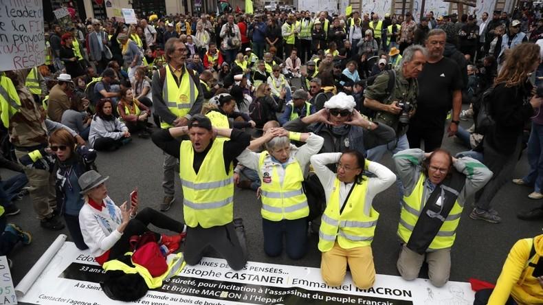 Un an après son lancement, 69% des Français trouvent le mouvement des Gilets jaunes «justifié» 5dce501b6f7ccc596e747bda