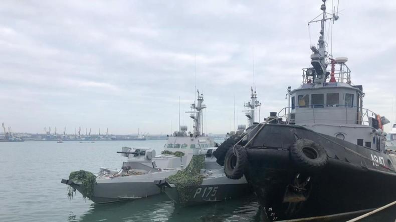 La Russie rend à l'Ukraine trois navires militaires capturés il y a un an