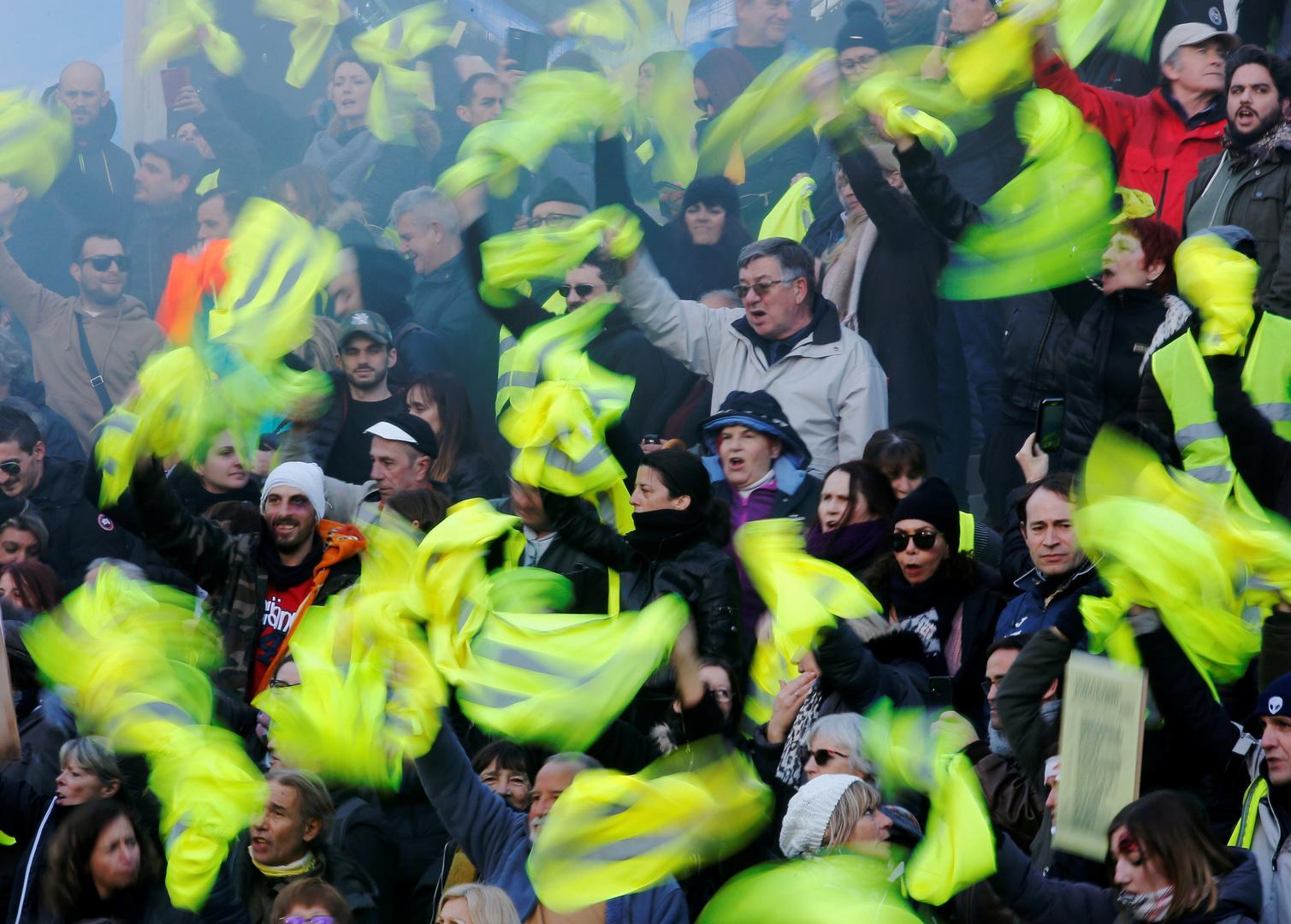 foto de Acte 53 : un premier anniversaire mouvementé pour les Gilets jaunes (EN CONTINU) RT en français