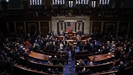 Vote de l'ouverture de la procédure de destitution contre Donald Trump : un coup d'épée dans l'eau ?