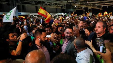 Législatives en Espagne : le parti populiste Vox verra-t-il son nombre de députés doubler ?