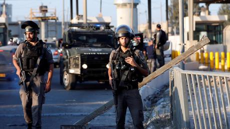 Des gardes-frontières israéliens à un check-point, dans la ville palestinienne de Ramallah.