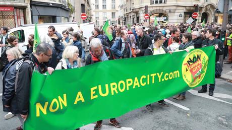 Manifestation en opposition au projet EuropaCity à Paris, le 5 octobre 2019.