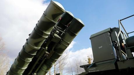 La Turquie teste les systèmes russes de défense S-400, malgré les menaces américaines