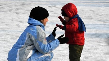 Plus de la moitié des Russes voudraient avoir deux enfants ou plus, selon un sondage