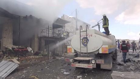 Une photographie diffusée par les controversés Casques blancs, après un bombardement à Idleb, le 16 juillet 2019 (image d'illustration).