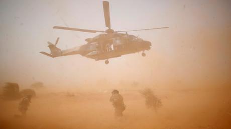 Militaires tués au Mali : le groupe EI revendique avoir causé la collision, la France dément