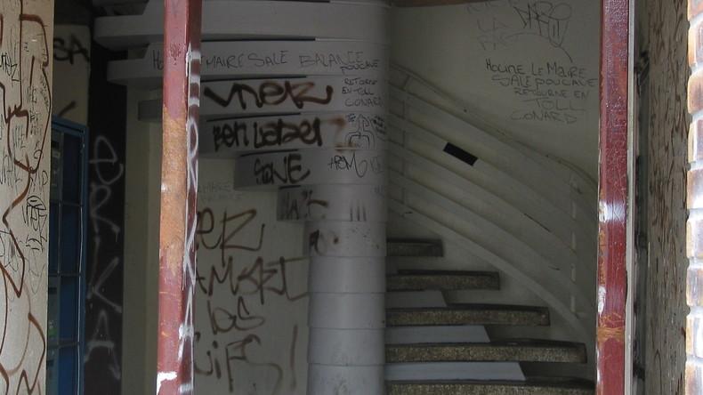 Deux interpellations après un viol filmé dans une cage d'escalier de l'Essonne, diffusé sur Snapchat