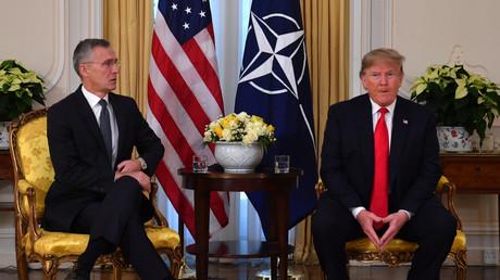 Le secrétaire général de l'OTAN Jens Stoltenberg et le président américain Donald Trump à Londres, le 3 décembre.