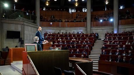 Le Premier ministre français Edouard Philippe présente le projet de réforme des retraites devant le CESE (Conseil économique, social et environnemental) le 11 décembre 2019 à Paris.