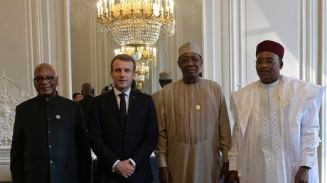 Emmanuel Macron et ses homologues nigérien, malien et tchadien à l'Elysée, en novembre 2019 (image d'illustration).