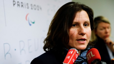«Casse-toi !» : la ministre des sports Roxana Maracineanu «exfiltrée» du stade du Red Star