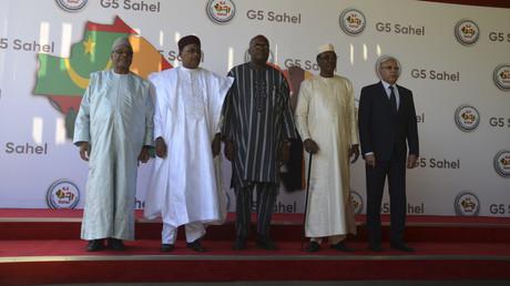 Les cinq président des Etats membres du G5 se rencontrent à Niamey pour évoquer la situation sécuritaire dans la région, le 15 décembre (2019).