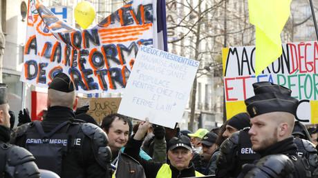 Chronique d'une manifestation de Gilets jaunes à Paris : en immersion lors de l'acte 60