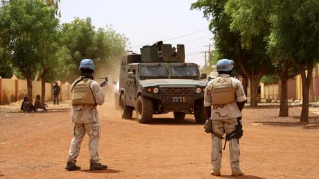 Des soldats sénégalais de la mission de maintien de la paix des Nations Unies au Mali MINUSMA patrouillent dans les rues de Gao, le 24 juillet 2019 (image d'illustration).