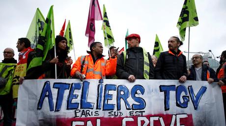 Changement de statut et réforme des retraites : les grèves ont coûté 1,5 milliards d'euros à la SNCF