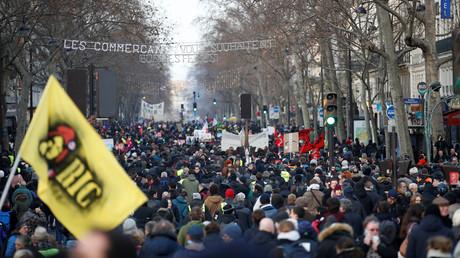 Manifestation le 11 janvier contre le projet de réforme des retraites, ici à Paris.