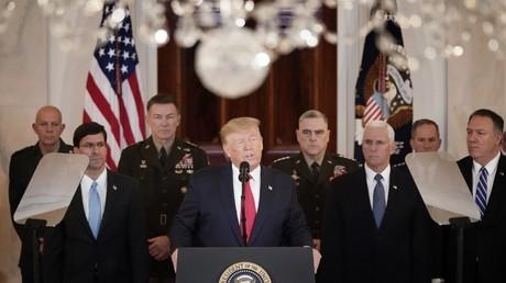 Le président des Etats-Unis Donald Trump menaçant l'Iran de nouvelles sanctions à la suite de l'attaque d'une base américaine en Irak.