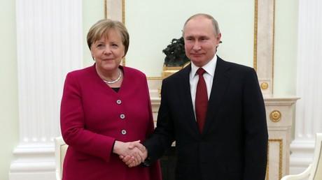 Rencontre en la chancelière allemande Angela Merkel et le président russe Vladimir Poutine au Kremlin, le 11 janvier 2020.