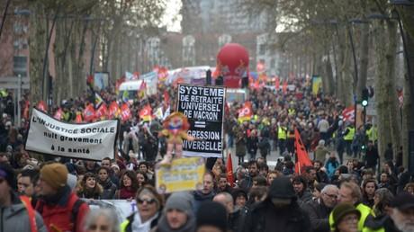 «Jusqu'au retrait» : nouvelle journée de mobilisation en France contre la réforme des retraites