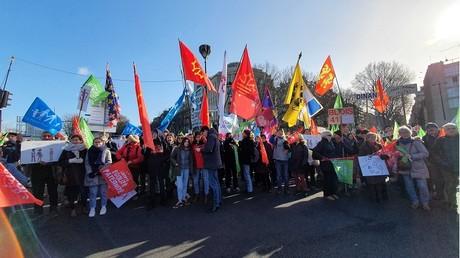 Les opposants au projet de loi bioéthique manifestent à Paris ce 19 janvier.