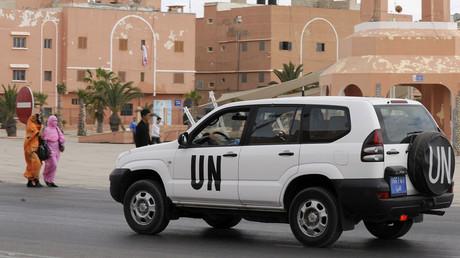Un véhicule de l'Organisation des Nations unies circule à Laâyoune au Sahara occidental, le 14 mai 2013 (image d'illustration).