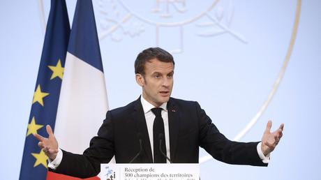 Le président français Emmanuel Macron prononce son discours devant 500 hommes d'affaires de moyennes entreprises, à l'Elysée à Paris, le 21 janvier 2020 (image d'illustration).