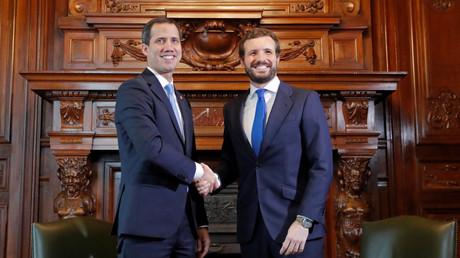 Visite controversée de Juan Guaido en Espagne, boudée par le chef du gouvernement Pedro Sanchez