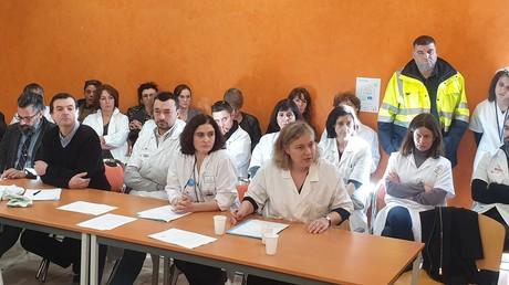 Conférence de presse de médecins démissionnaires pour protester contre leurs conditions de travail à l'hôpital public, le 6 février 2020, à Saint-Denis (93).