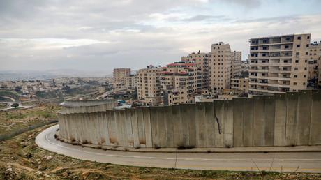 Photographie prise le 11 février 2020 montrant la colonie israélienne de Pisgat Zeev construite dans une banlieue de Jérusalem-Est (image d'illustration).