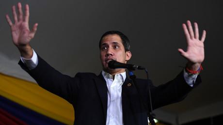 L'opposant vénézuélien Juan Guaido prend la parole à Caracas, le 11 février 2020.